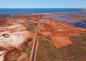 the_main_access_road_to_the_wheatstone_lng_large